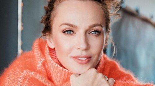 Змінила довгі локони на боб-каре: Альбіна Джанабаєва захопила змінами в зовнішності