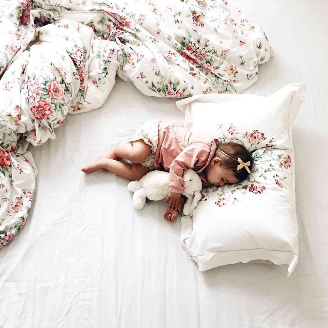 Милые картинки с детьми спящими