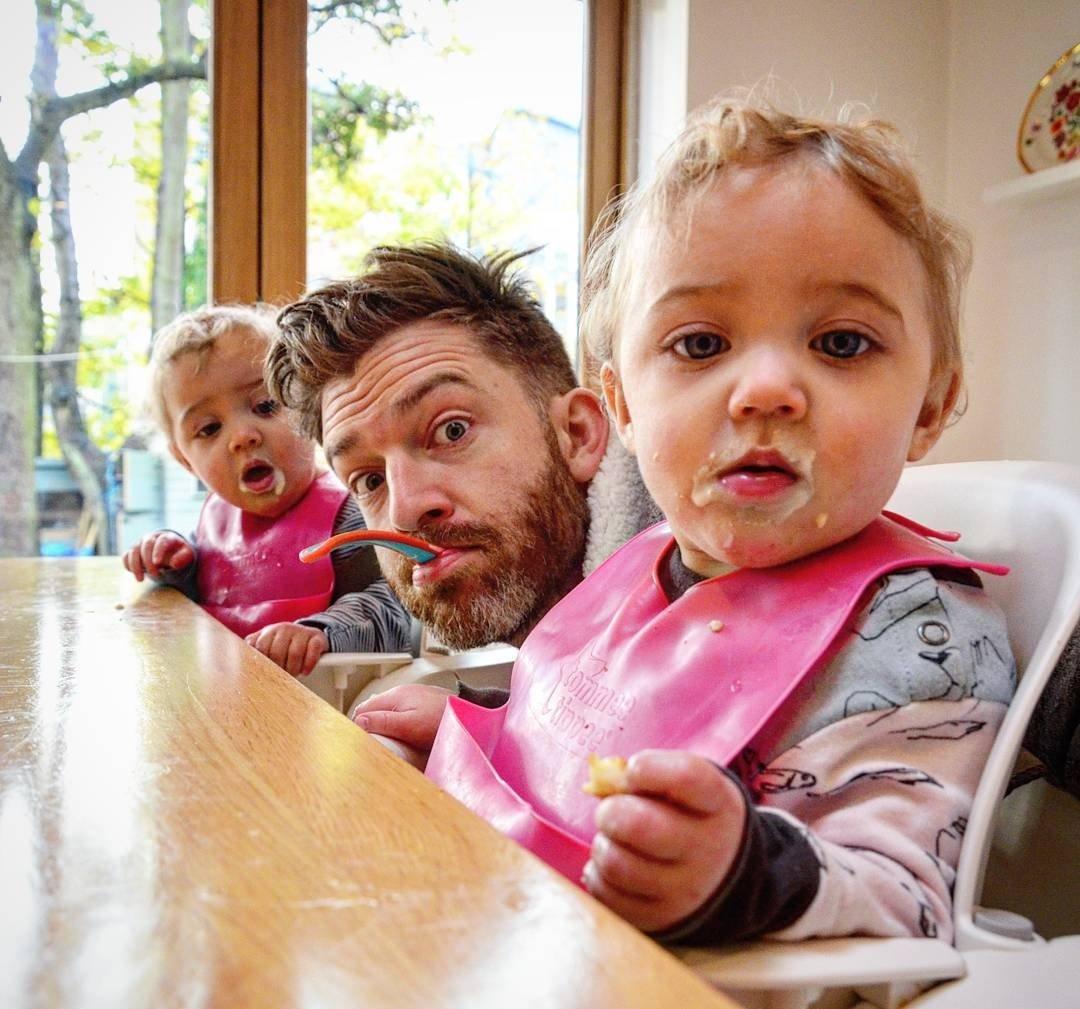 Открытка днем, веселые картинки воспитание детей