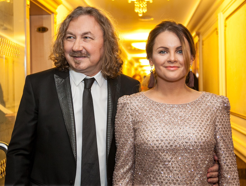 «Похудеть не помешает»: жену Игоря Николаева раскритиковали за фото в купальнике