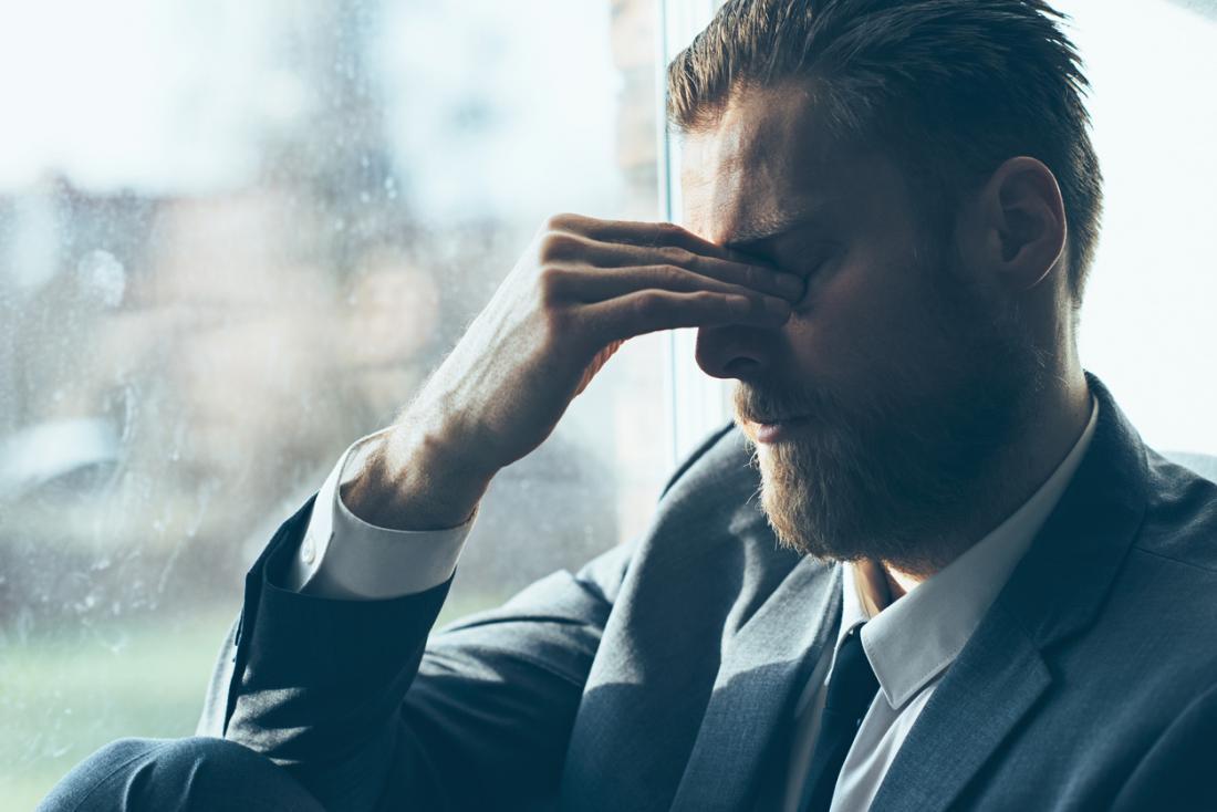 Печальный мужчина картинки