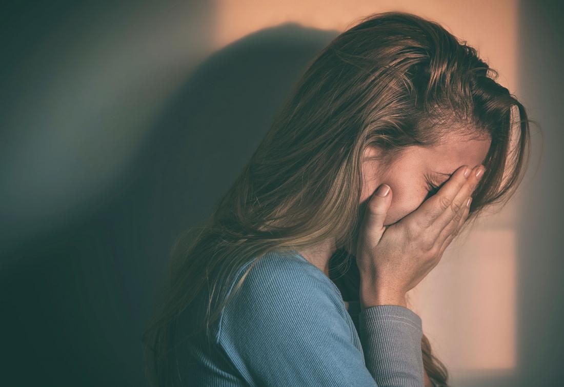 Грустные картинки девушек которые плачут