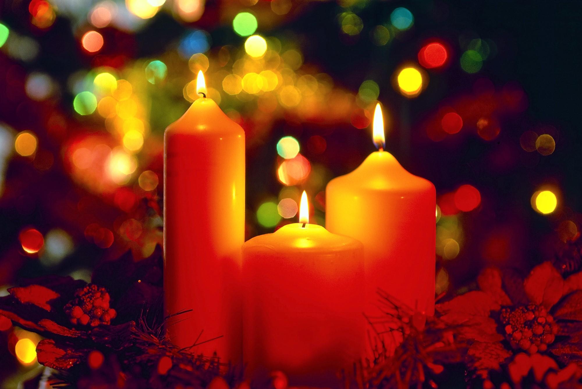 Днем, открытка с рождеством свечи