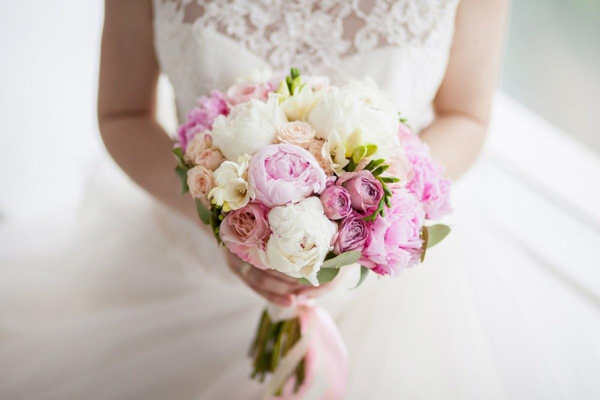 Какие цветы выбрать для букета невесты в сентябре, ростове дону оптом
