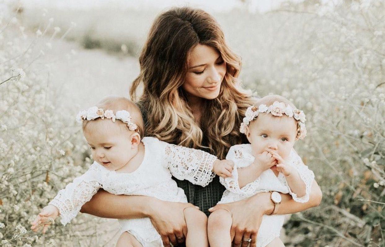 Мама близнецов картинки
